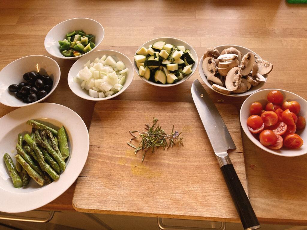 Focaccia vegan: die vorbereiteten Zutaten