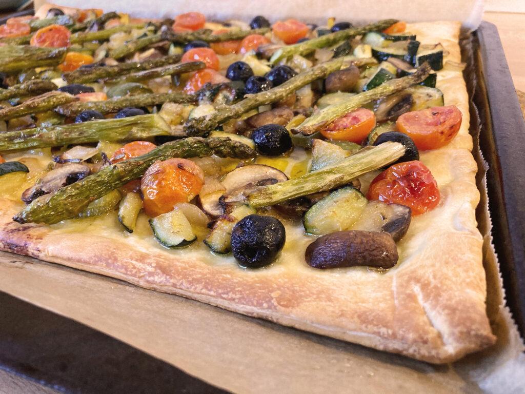 Focaccia vegan: frisch aus dem Ofen
